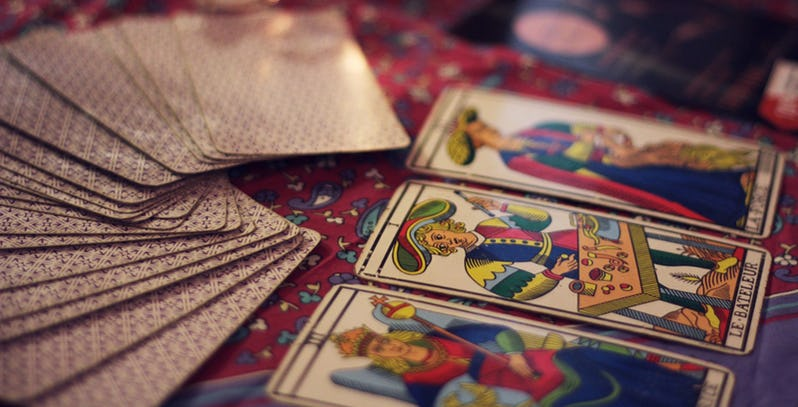 A Beginner's Guide On How To Read Tarot Cards – The Thought Catalogs